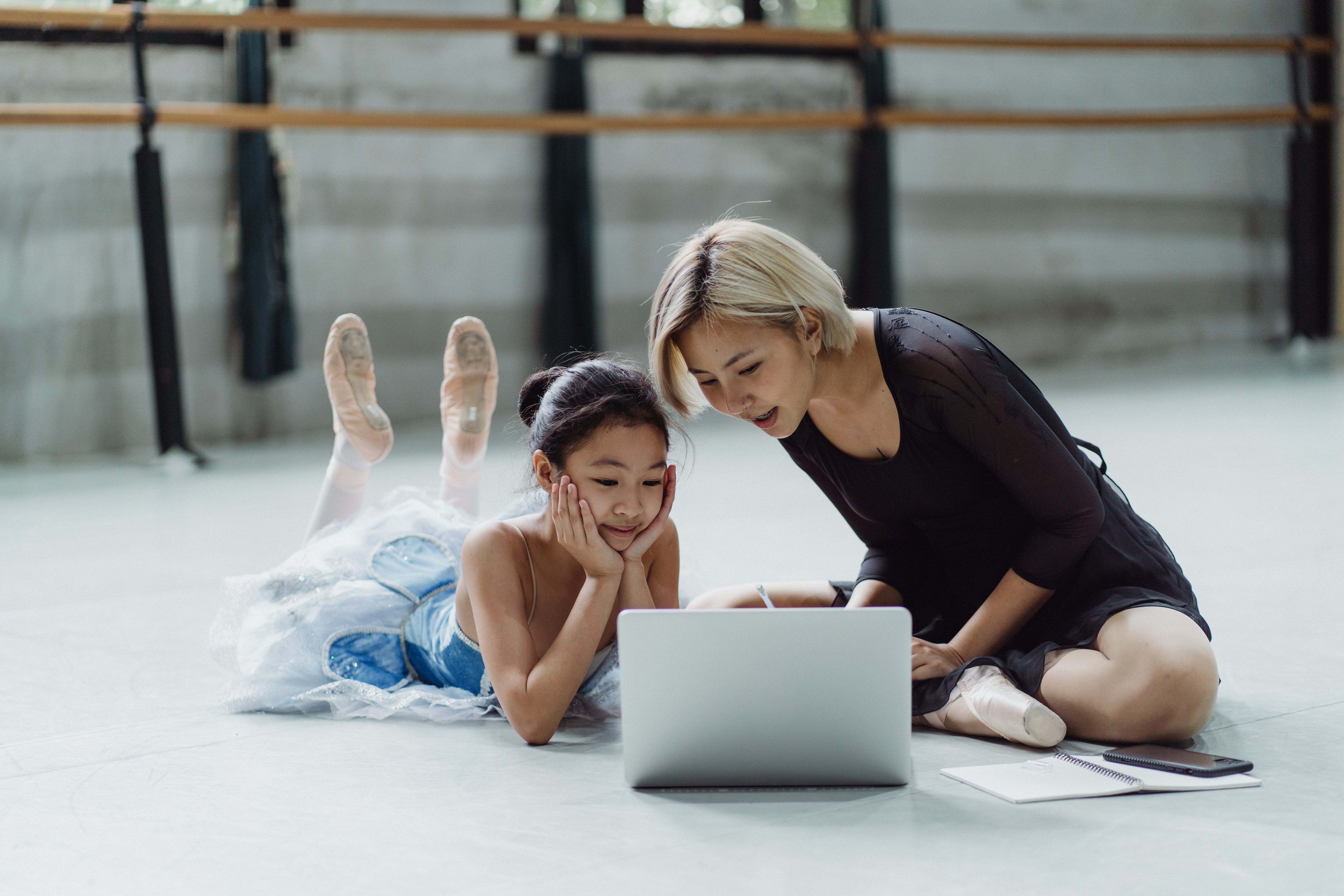 Why dance classes are not effective online?